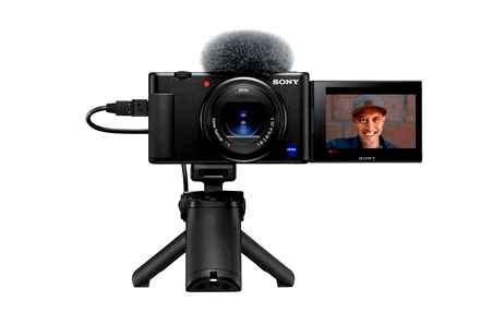 Is it possible to use the camcorder as a WEB-cam